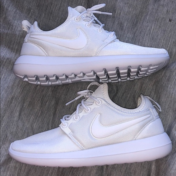 5581cf56395 Nike Shoes - All White Nike Roshes - Women s 6